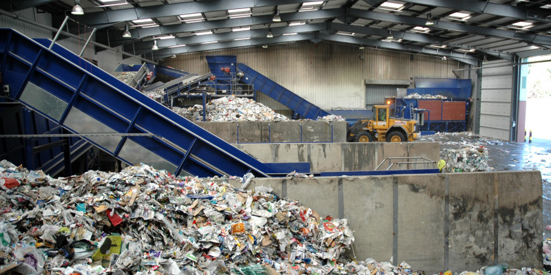 Договор за извозване на строителни отпадъци от Амакс 8 в България - 23