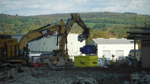 Договор за извозване на строителни отпадъци от Амакс 8 в България - 7