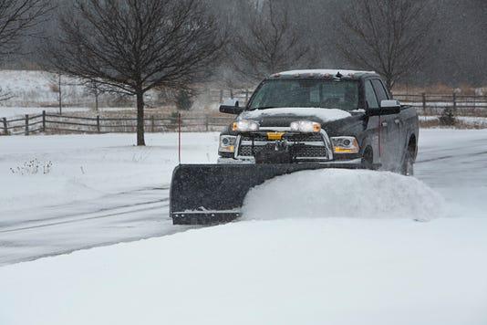 Почистване на сняг от Амакс 8 с бърза работа - 27