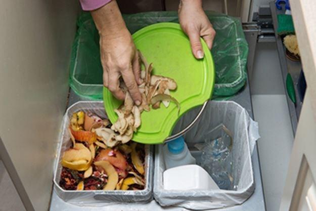 Разделно изхвърляне на отпадъци от Амакс 8 с добро качество - 23